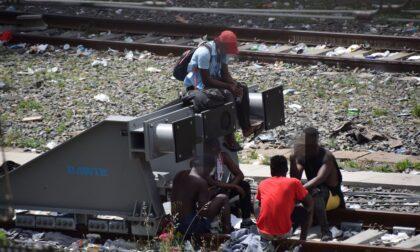 Migranti: 3 ordinanze del sindaco Scullino contro alcol e stazionamento abusivo