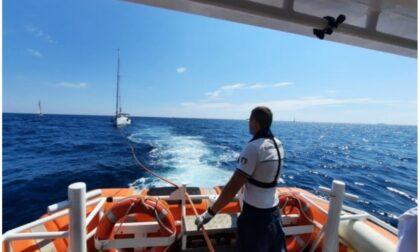 Vele d'Epoca soccorso equipaggio dalla Guardia Costiera