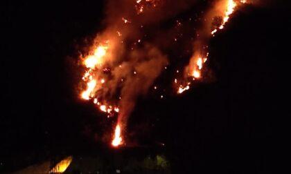 Incendio a Chiusanico vicino alla Statale 28