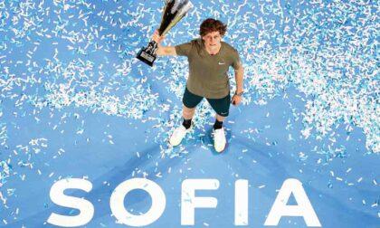 Jannik Sinner si conferma campione a Sofia e mette un piede nelle Atp Finals di Torino